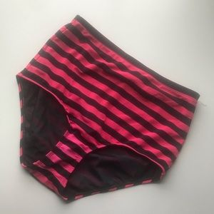 Torrid high waisted bikini bottoms sz 0 hot pink